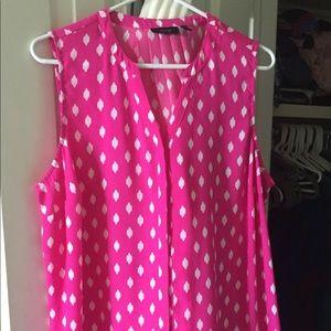 Beautiful bright pink sleeveless button-down